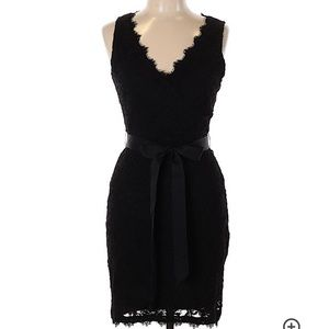 Juniors lace black dress